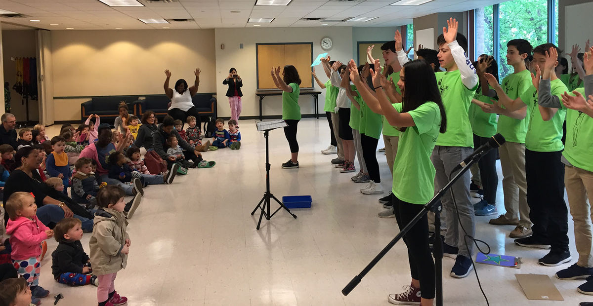 Middle Schoolers Perform at Wonders Early Learning